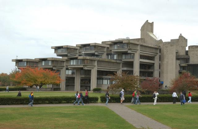 Top 10 best online colleges in massachusetts value colleges for Umass dartmouth architecture 666